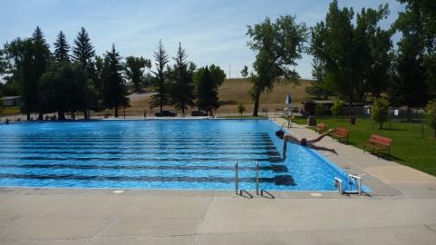 Free outdoor pool in Buffalo, Wyoming