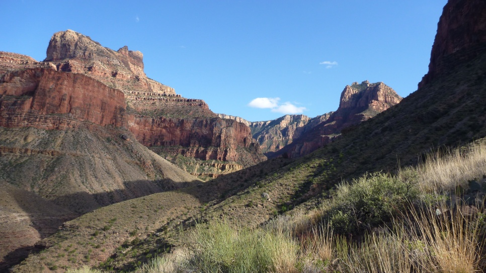 Hiking along the Tonto Trail