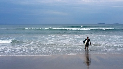 Dave (another student of Kalle's) coming into shore after a morning surf session at Playa La Lancha